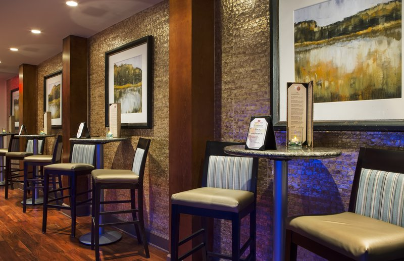BITE Bistro & Wine Bar-Seating Area-Crowne Plaza Orlando Downtown