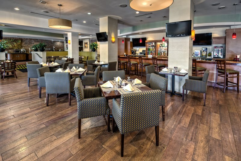 Savor a meal in our On-Site Restaurant, the Marinas Bar & Grill.