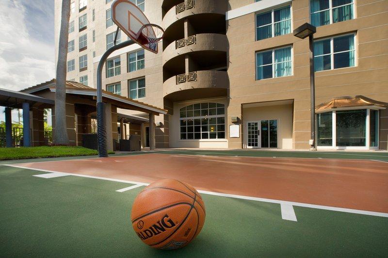 Sports Courts - Staybridge Suites Miami Doral Area