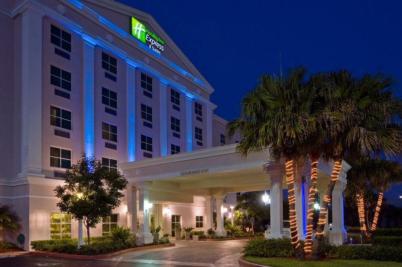 Hotel Exterior at night - Free Local Shuttle (6a-9p)