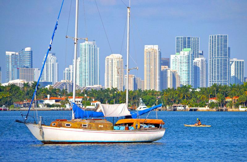 Sailing Biscayne Bay near Holiday Inn Miami Beach Oceanfront