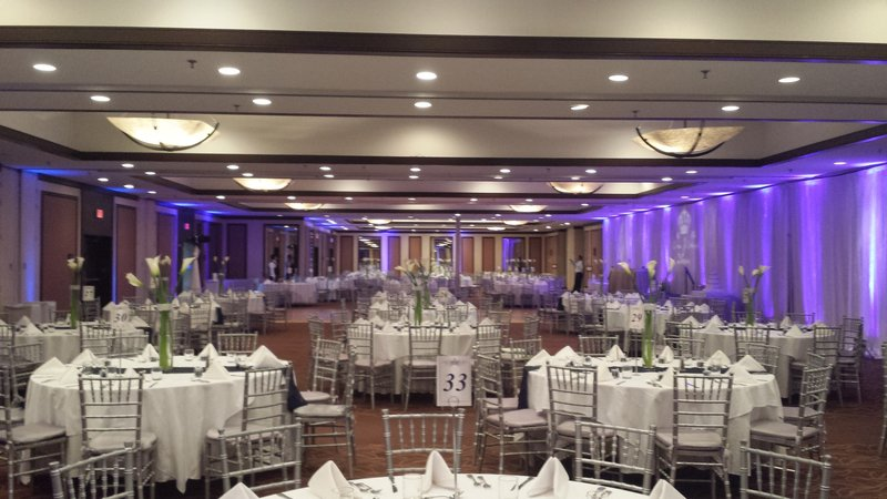 Enjoy elegant reception and banquet space at our hotel.