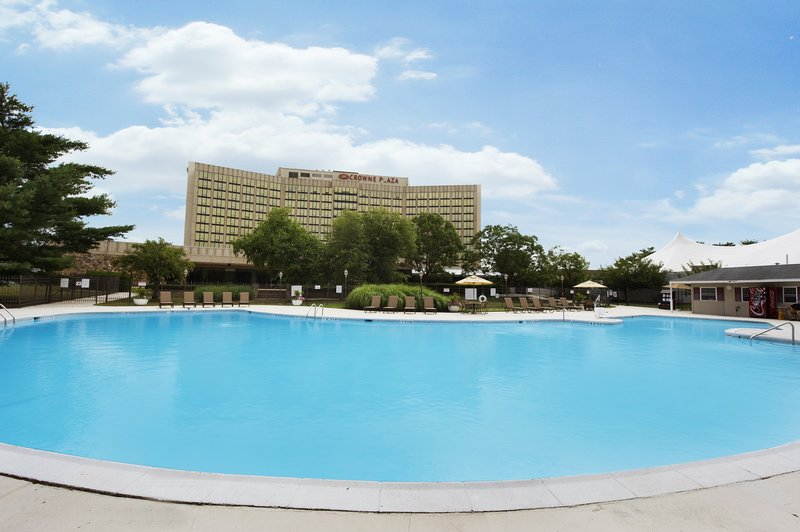 Large outdoor seasonal swimming pool