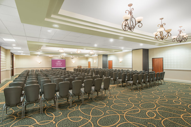 Crowne Plaza Philadelphia-Cherry Hill Crystal Ballroom