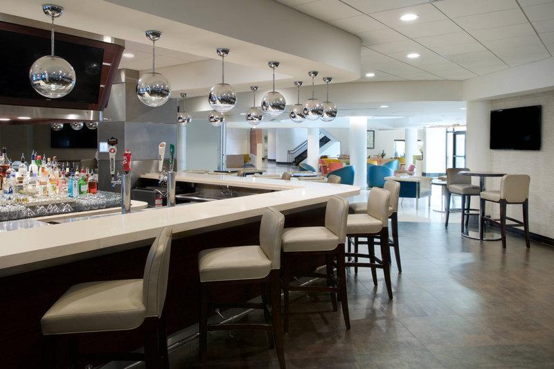 Embark Restaurant & Lounge