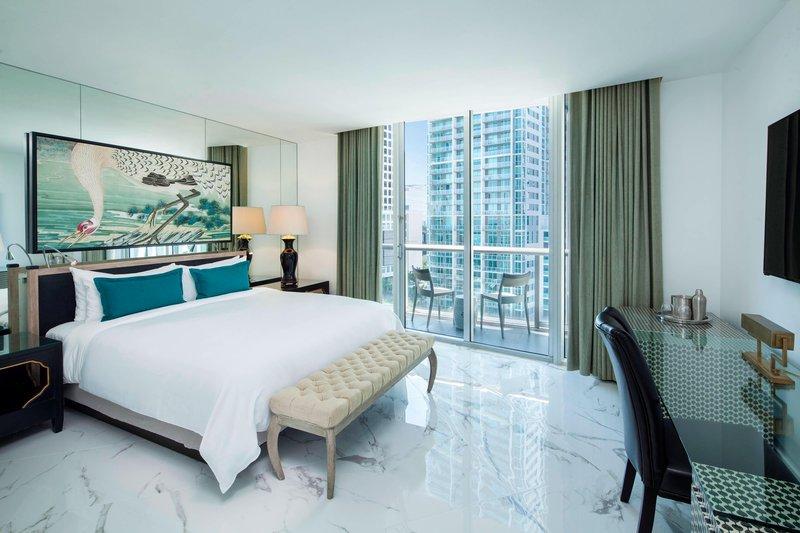 Wow Suite - Master Guest Bedroom