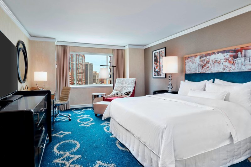 King Grand Deluxe City View Guest Room