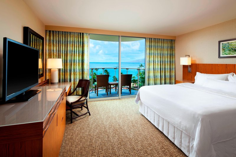 King Superior Ocean View Guest Room