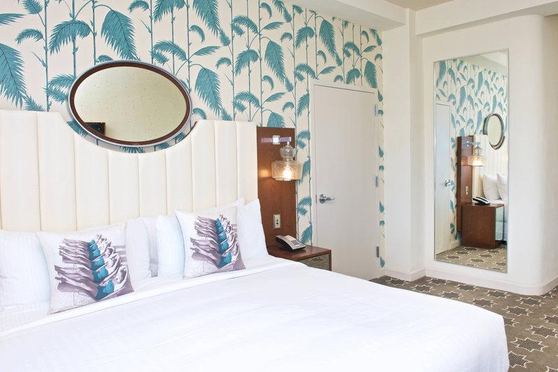King Guest Room - Oceanfront