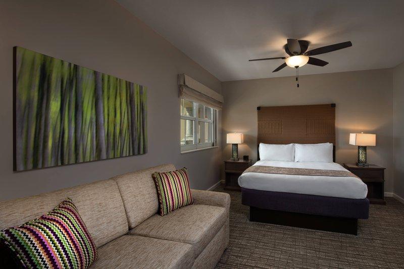 Two-Bedroom Villa - Guest Bedroom