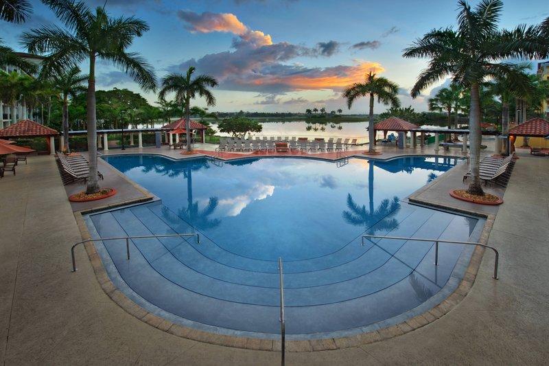 Oasis Outdoor Pool