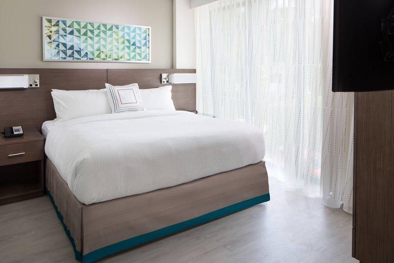 One-Bedroom King Suite Patio