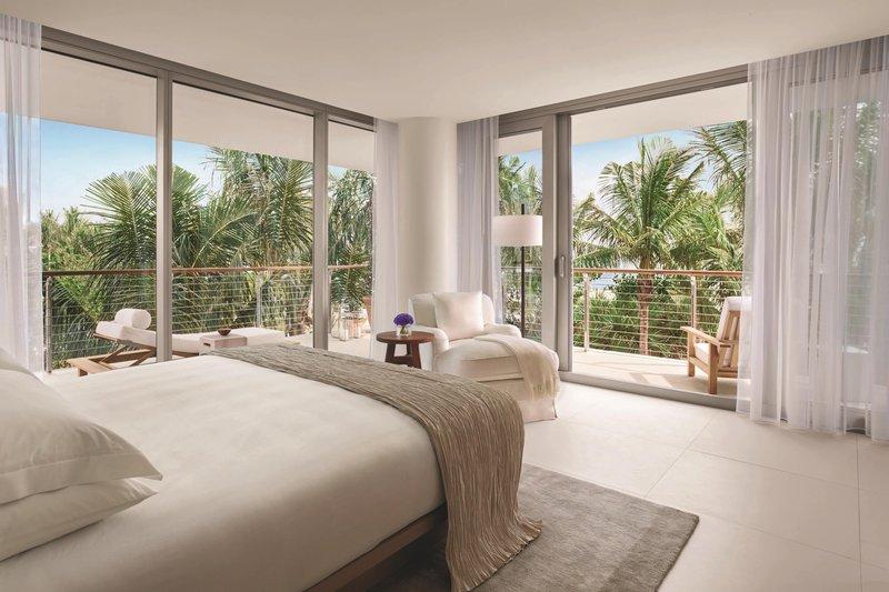 Bungalow Oceanfront Suite