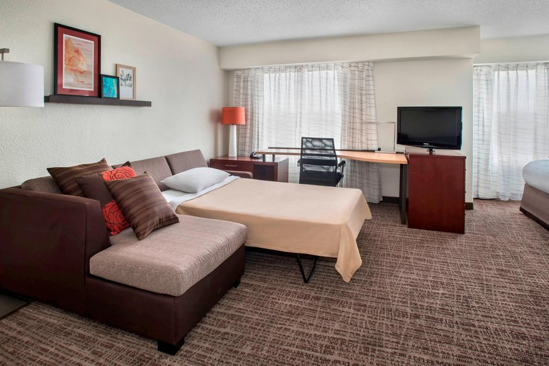 Suite - Pullout Sofa
