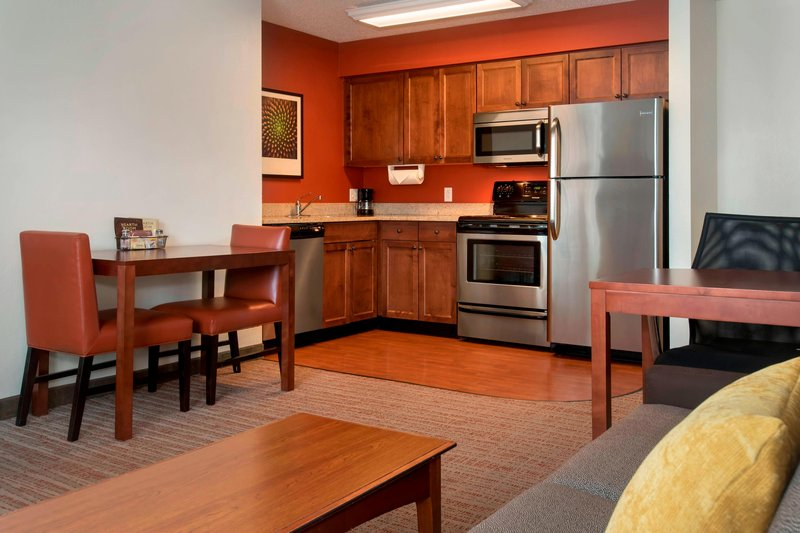 Fully Equipped Kitchen With Oven