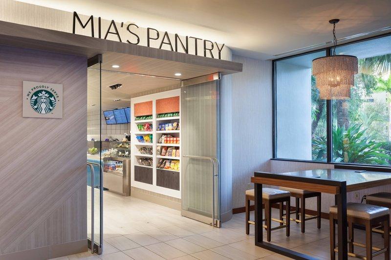 MIA'S Pantry