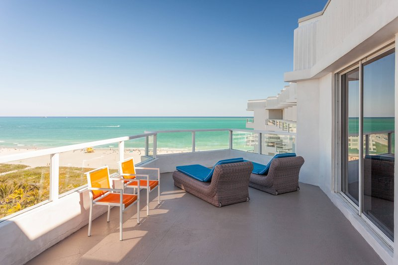 Ocean View Guest Room - Large Balcony