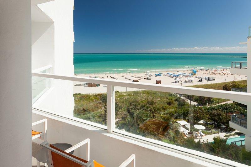 Double/Double Ocean View Guest Room - Balcony