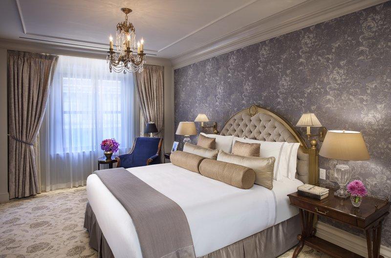 Luxurious Bedroom, Presidential Suite