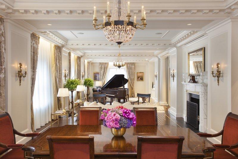 Premier Presidential Suite Dining Room