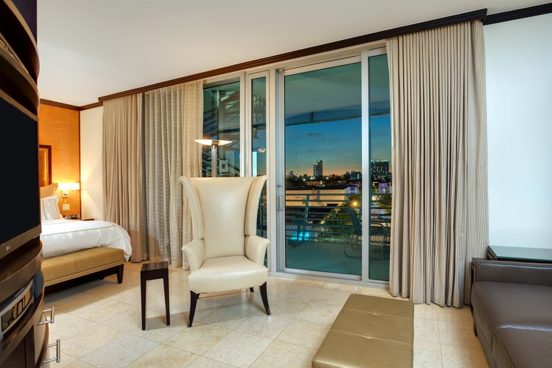 Rooms with Gorgeous City Views