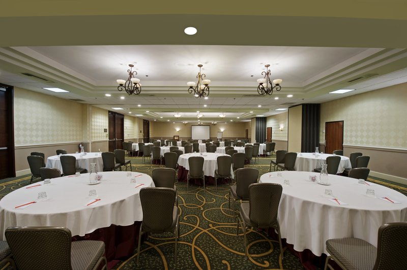 The Crystal Ballroom accommodates up to 200 guests