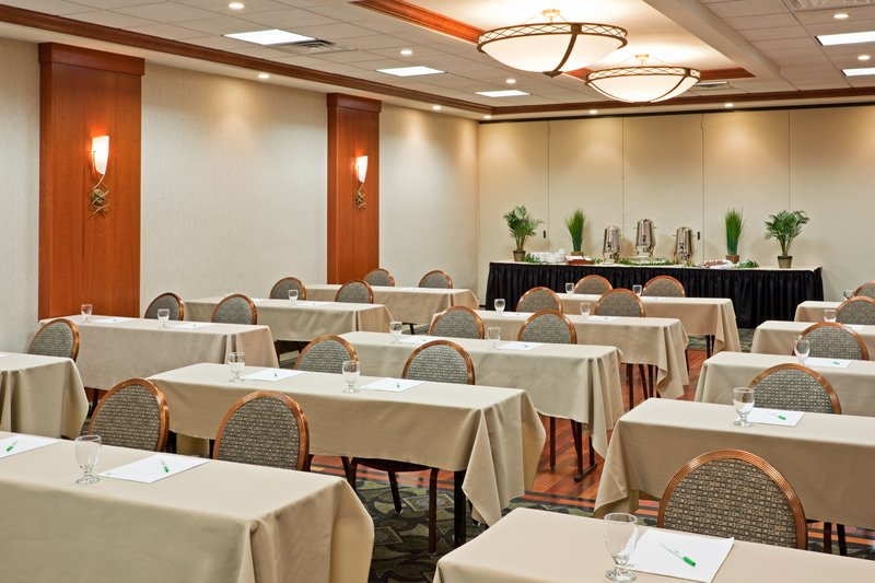 Banquet-Meeting-Room-Holiday Inn Meadowlands, NJ