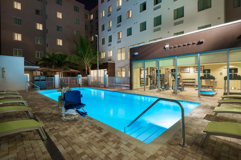 Our outdoor pool spa is the ideal way to unwind after a long day.