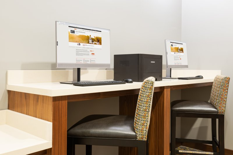 Print your boarding pass for free from our 24/7 business center.
