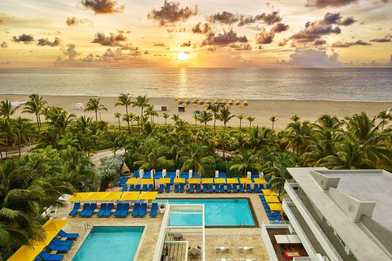 Royal Palm Pool - Beach