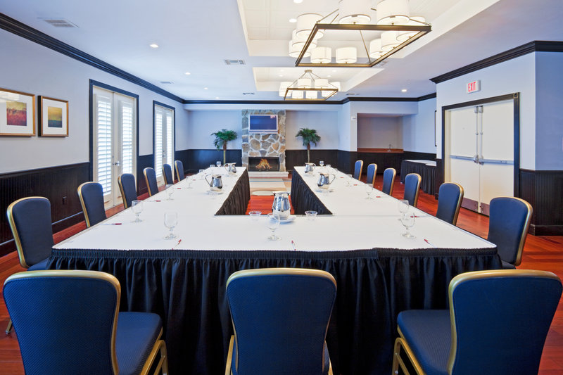 Lake Room-Meeting Room-Crowne Plaza Orlando Downtown