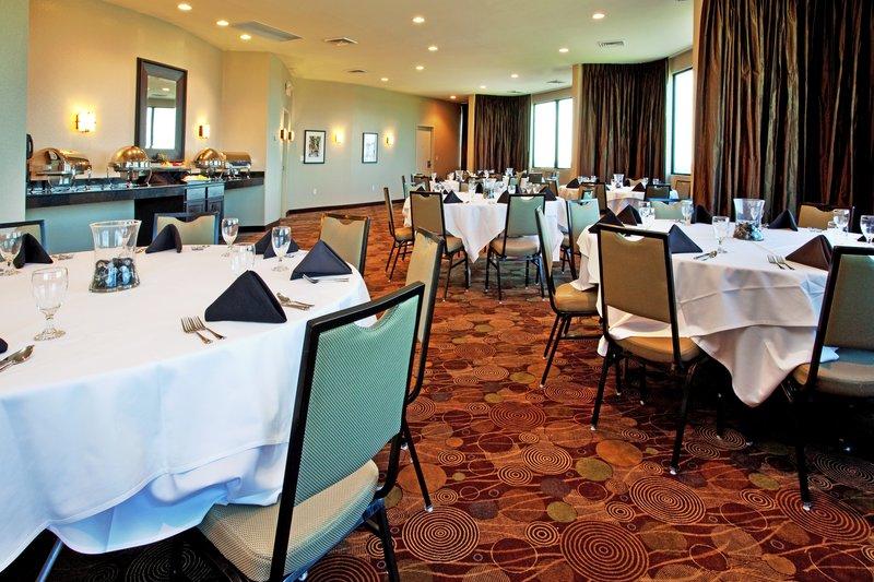 New Orleans Westbank Hotel - Top Floor Crescent Meeting Room