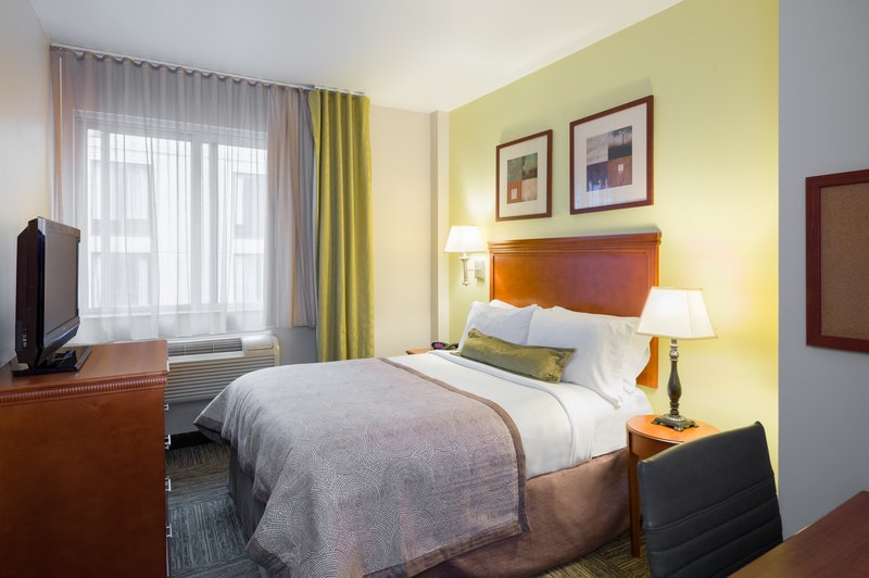 Enjoy all the comforts of home in our fully equipped guest rooms
