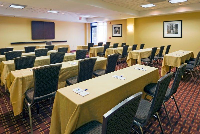 Meeting Room-Classroom Style