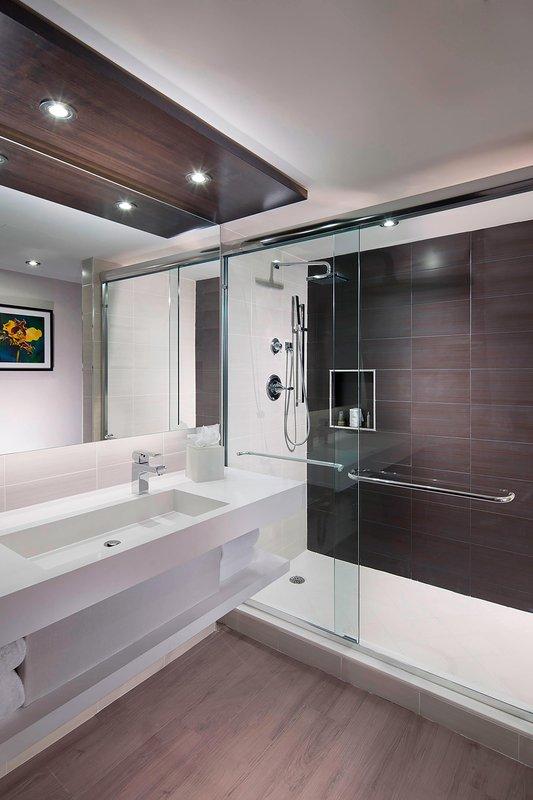 Design Guest Bathroom