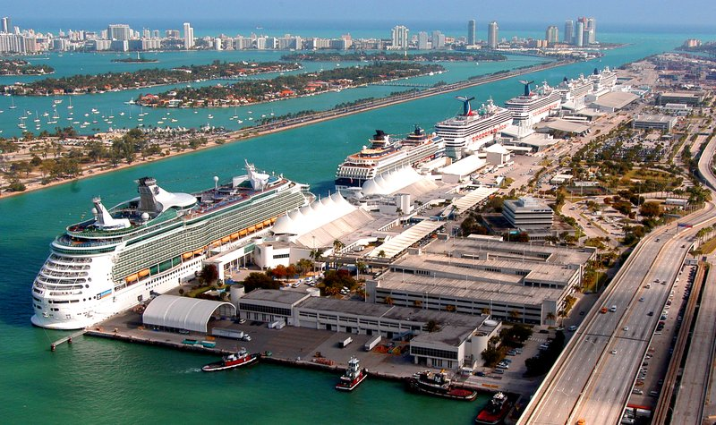 Known as the Cruise Capital of the World, just 8 mi from the Port