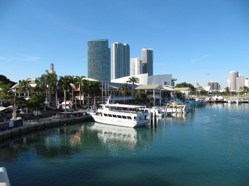 Visit Bayside Marketplace where shopping and dining await