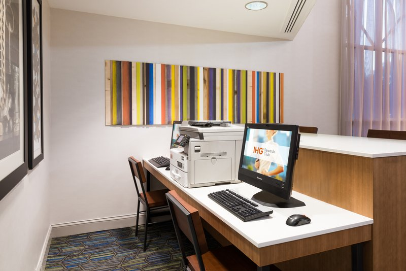 24-hour Business Center with fax, copy, e-mail and print services