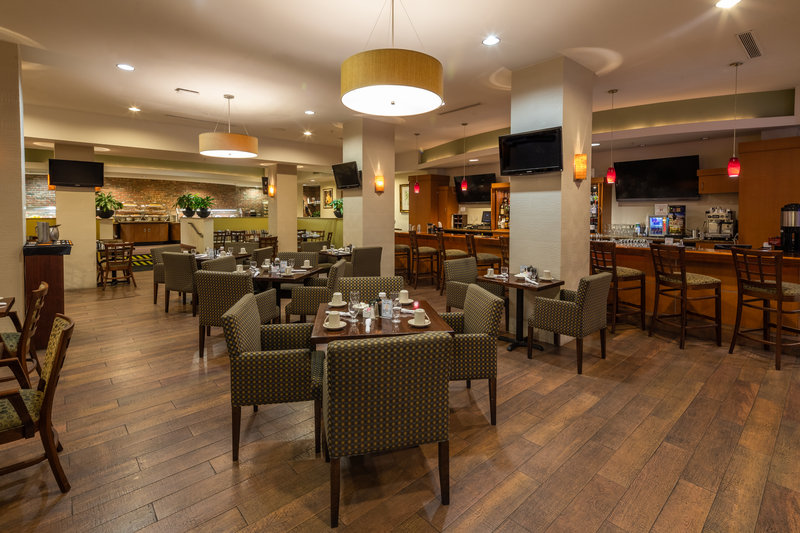 On-Property Restaurant in Downtown Miami Hotel