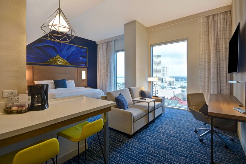 King Studio High Floor Suite